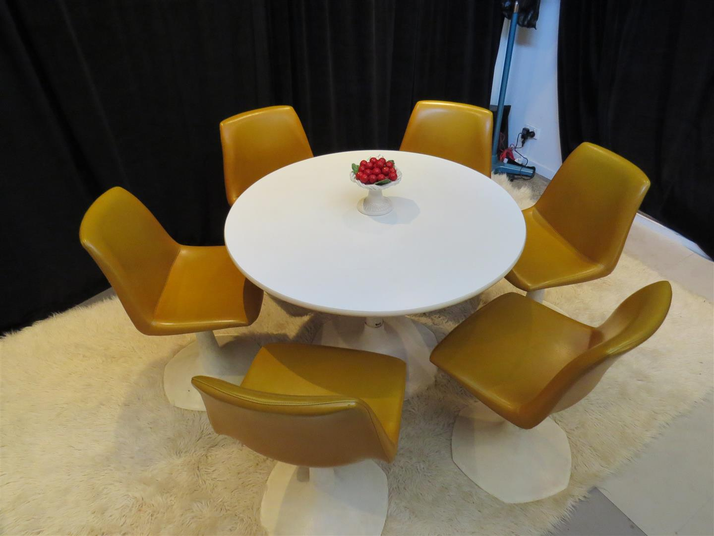 Sebel Tulip Table U0026 Chairs (c) 50s